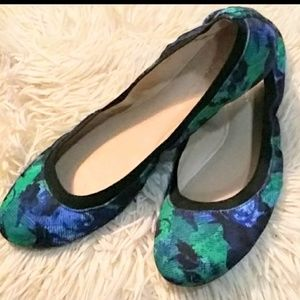 BCBGeneration Blue and Green 8.5 Flats